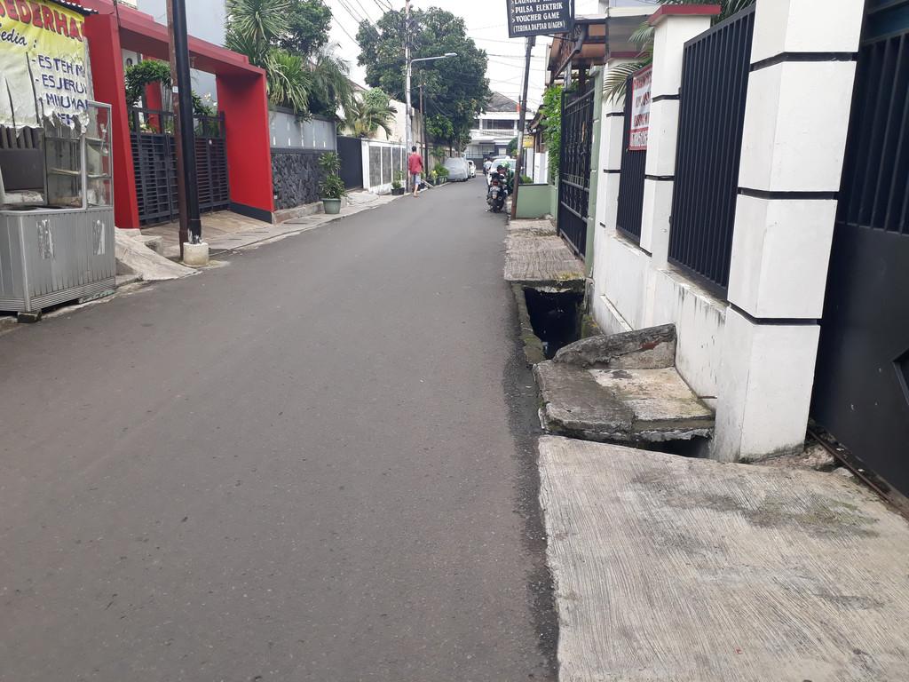 Dijual rumah asri siam huni di Menteng Dalam Tebet Jakarta Selatan