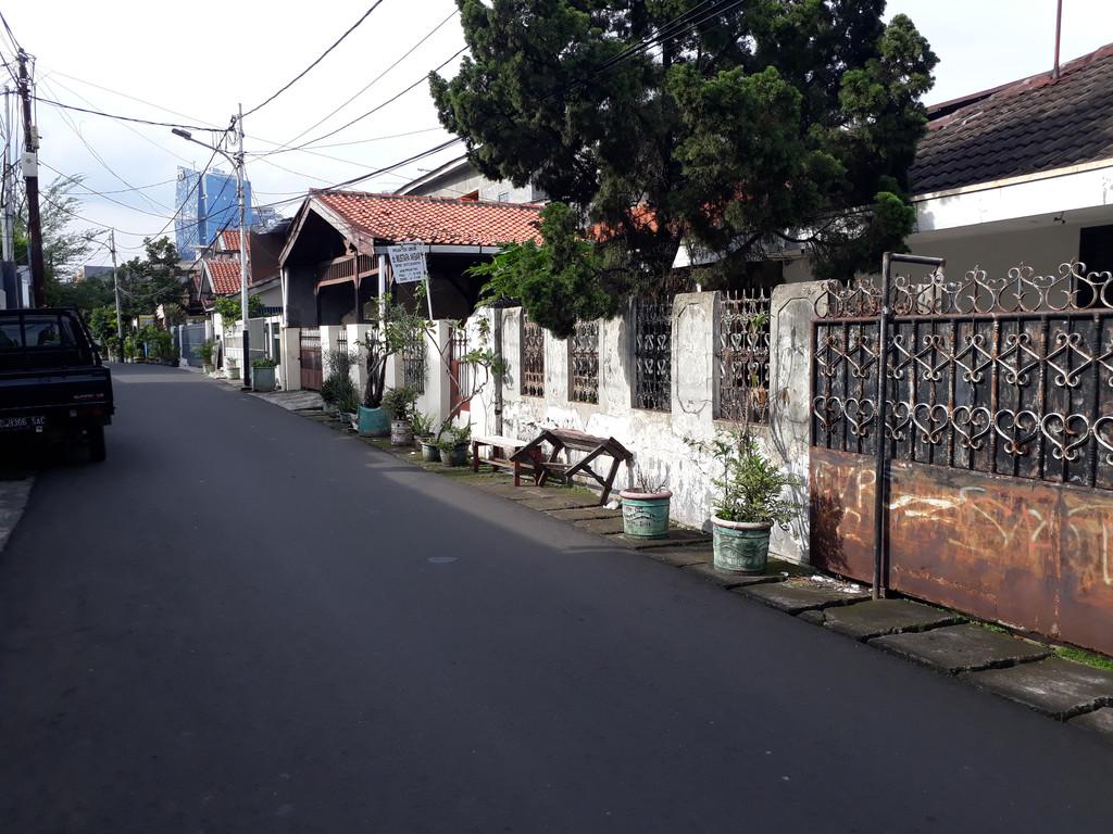 Dijual rumah hitung tanah di Menteng Dalam tebet