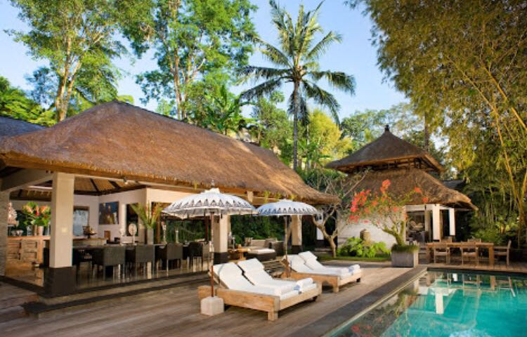 More than 50 Are exotic  jungle and river gorgeous location Six enormous bedrooms 1 swimming pool and 3 plunge pools