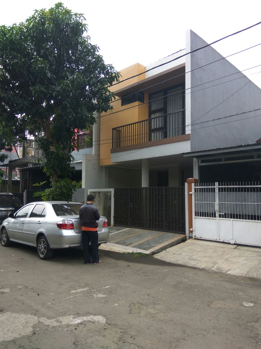 Di Jual Rumah Idaman Villa Mutiara Cinere Depok, Butuh Uang