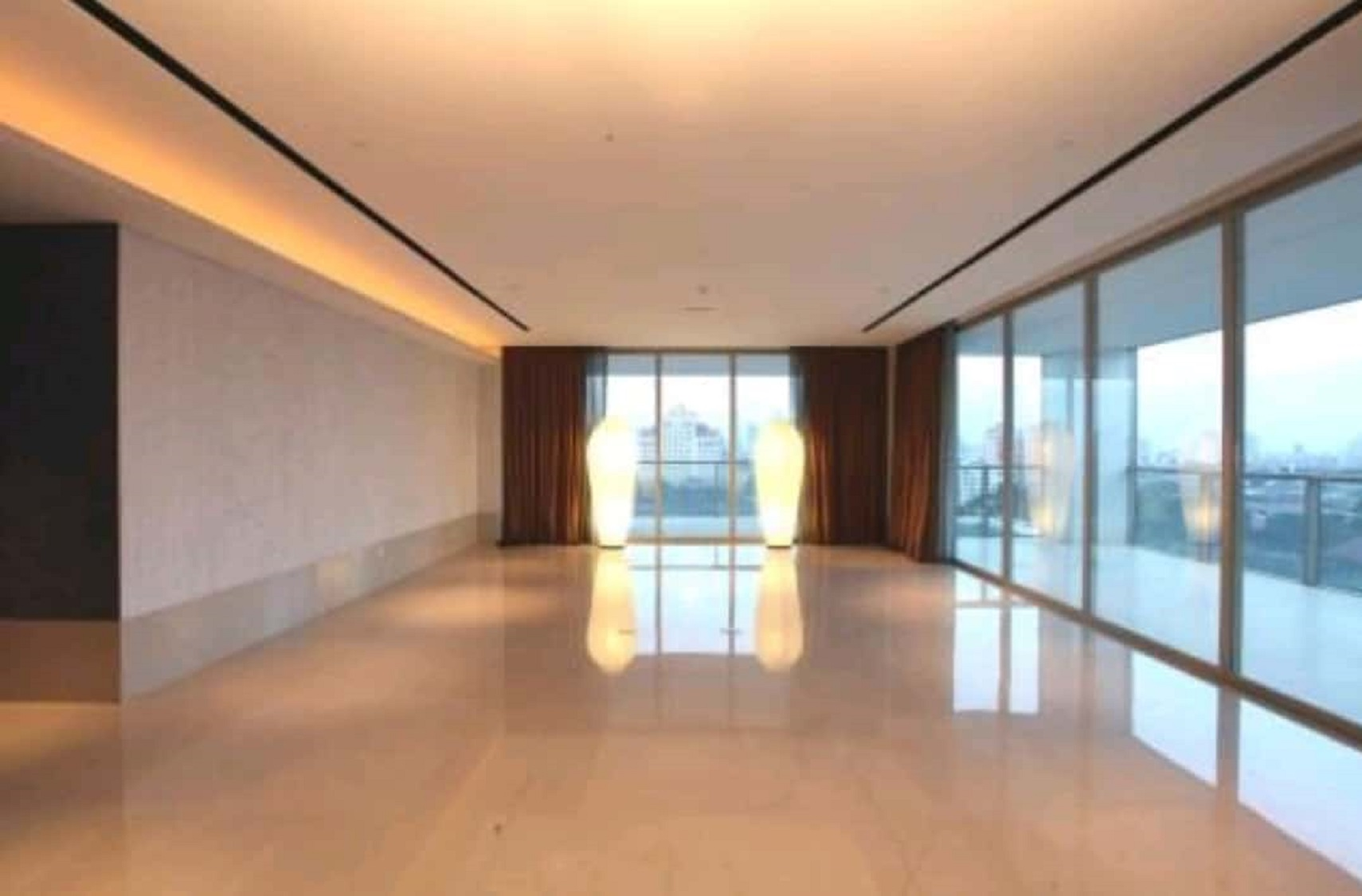 Apartemen di Dharmawangsa Residence, Middle Floor, City View, Well Maintained