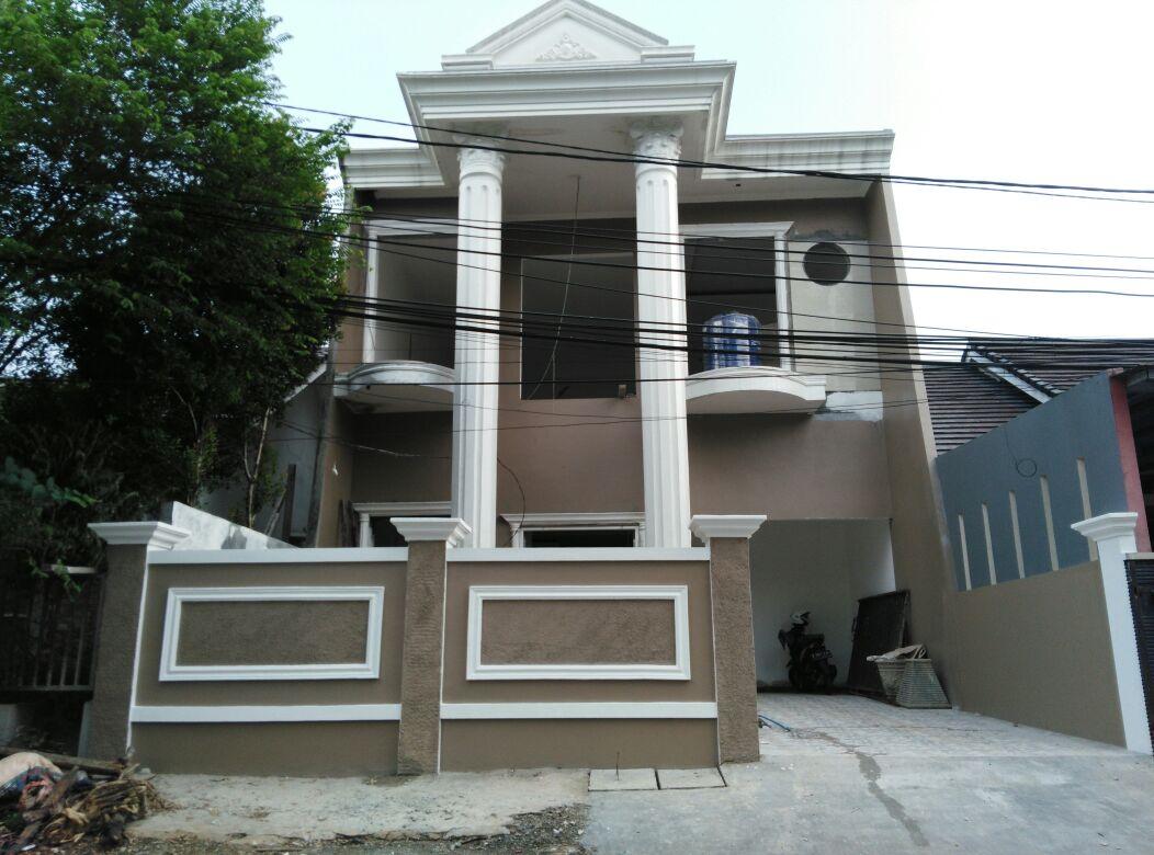 Rumah Baru mewah bergaya klasik modern dijual cepat di Depok