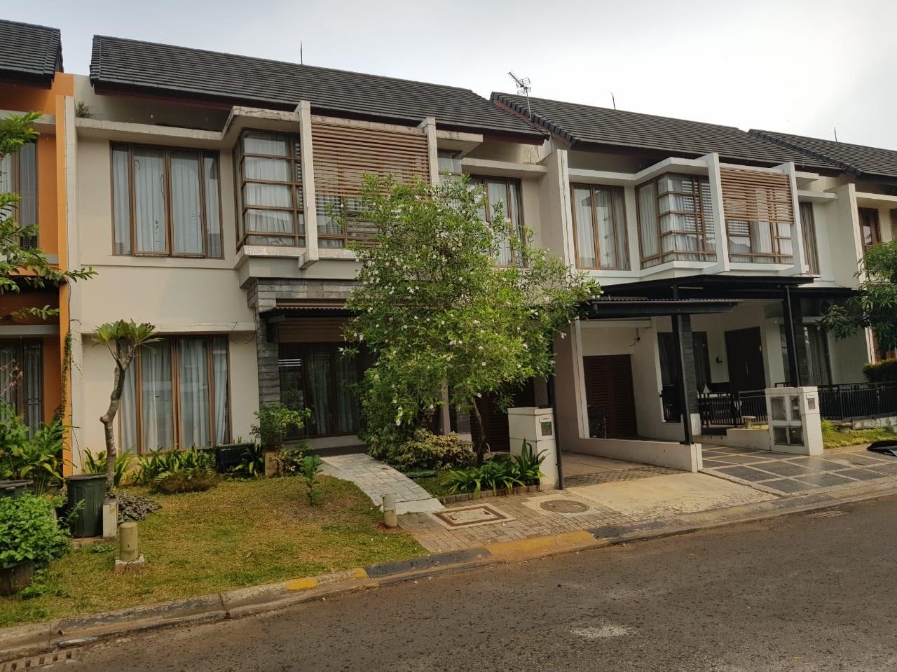 Rumah Nyaman dan Siap Huni di kawasan Cluster Emerald, Bintaro