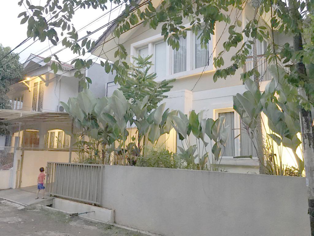 Rumah Siap Huni di Bintaro Mertilang Sektor 9 Bintaro Lt 181 b