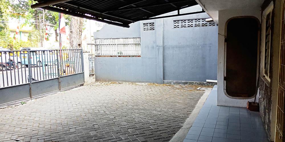 bisa bangun gedung mini  di Jual Raya Kebayoran Lama-Jakarta selatan