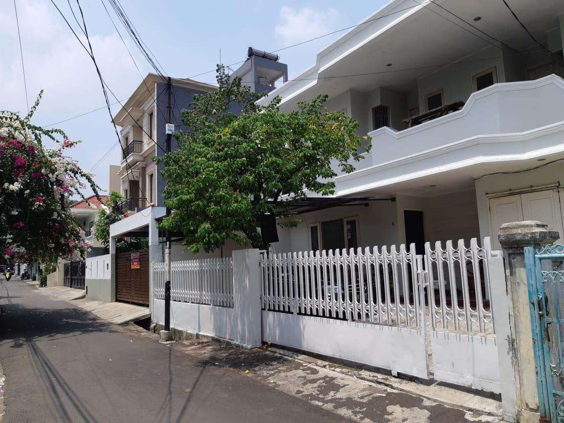Dijual Rumah Lama Siap Huni, Jl Ciomas, Kebayoran Baru