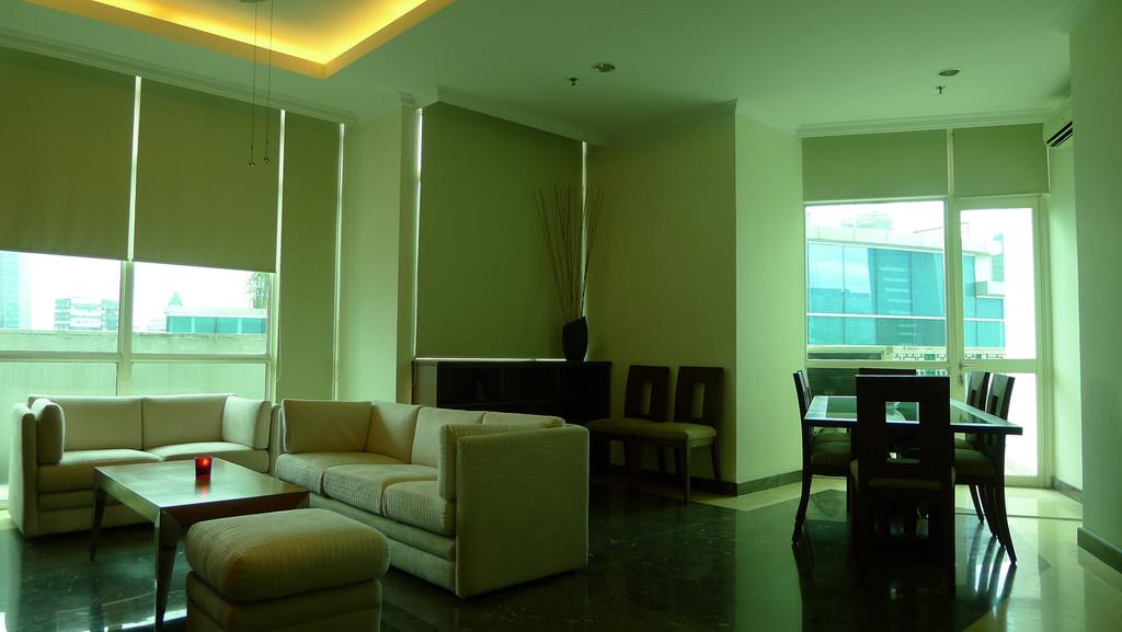 For Rent Apartemen Belagio Mansion 3 BR View Pool