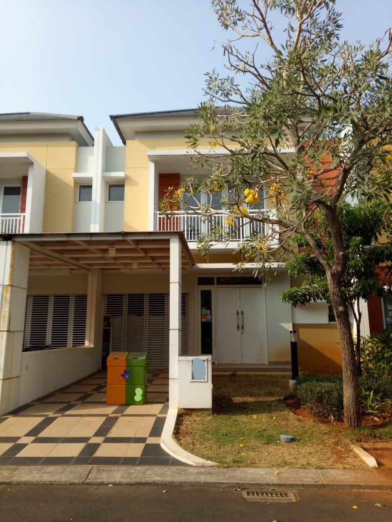 Dijual cepat , Rumah Rapi Siap Huni di Cluster Bluebell, Summarecon Bekasi