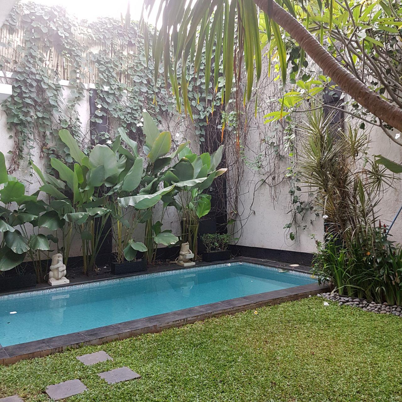 Dijual Rumah Mewah Modern area jl Abdul majid - antasari, akses & lingkungan bagus